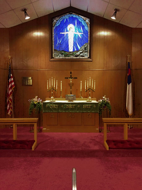 Altar at St. Paul Lutheran Church